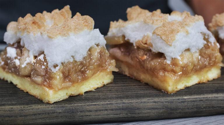 Яблучний пиріг з безе. Не пиріг, а справжнє тістечко